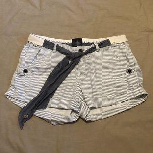 🌼BSK Bershka mademoiselle shorts